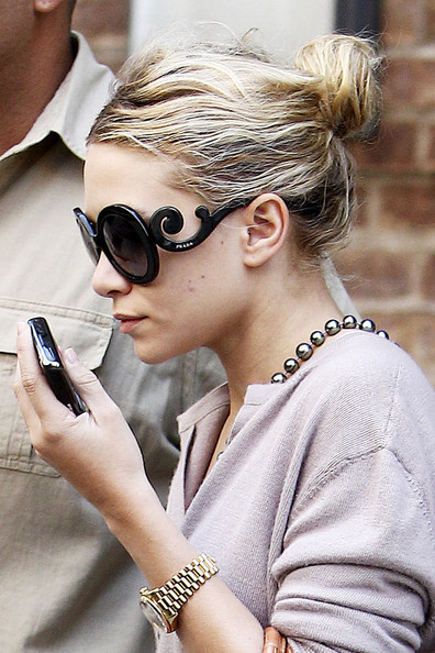 ashley_olsen_wearing_prada_tumblr