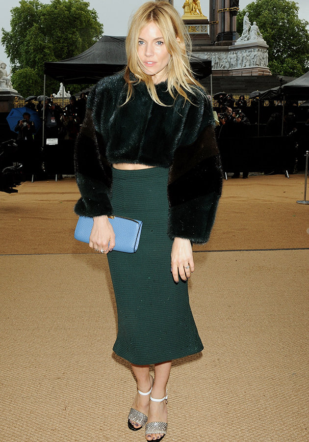 7457a77f-2195-451a-aba1-86091f0b58d6_sienna-miller-burberry-london-fashion-week-ss14-pictures