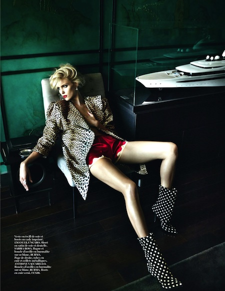 Edita-Vilkeviciute-Anja-Rubik-by-Mario-Testino-for-Vogue-Paris-October-2013-03