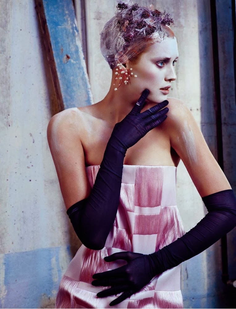 Toni Garrn by Txema Yeste for Numero China November 2013-004