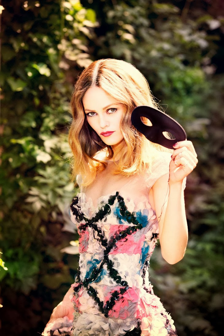 Vanessa Paradis by Ellen Von Unwerth for Madame Figaro 2013-001