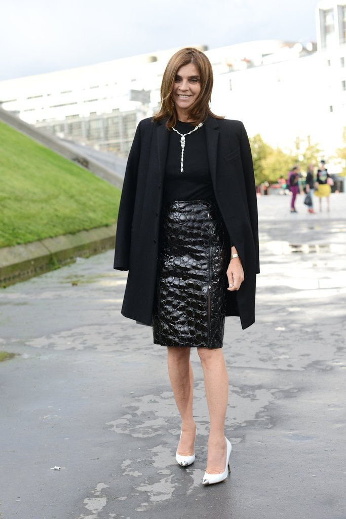 paris-fashion-week-street-style-spring-2013-carine-roitfeld-alligator-pencil-skirt