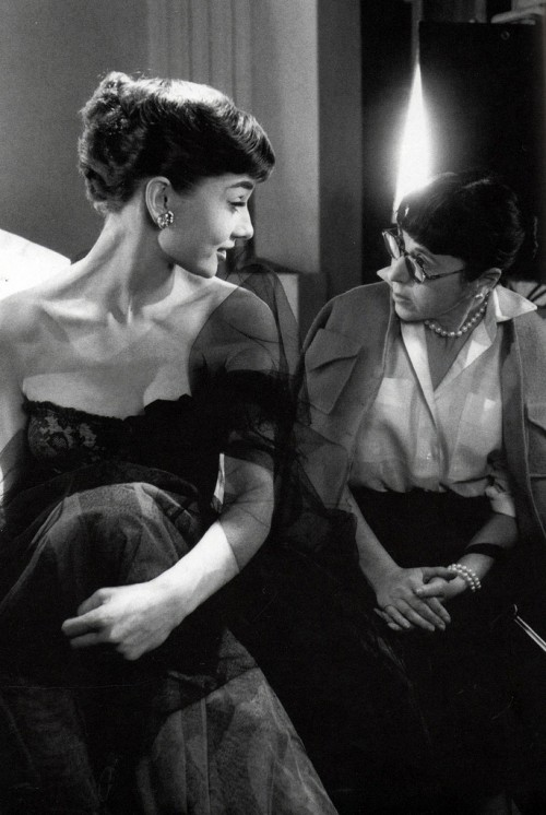 Audrey-Hepburn-and-Edith-Head-500x746