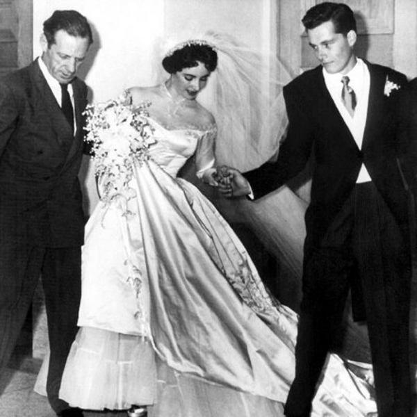First-Elizabeth-Taylor-Wedding-8