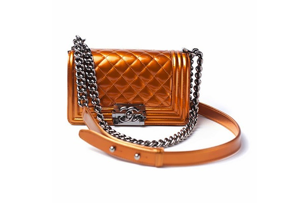chanels-graffiti-inspired-spring-summer-2014-accessories-4