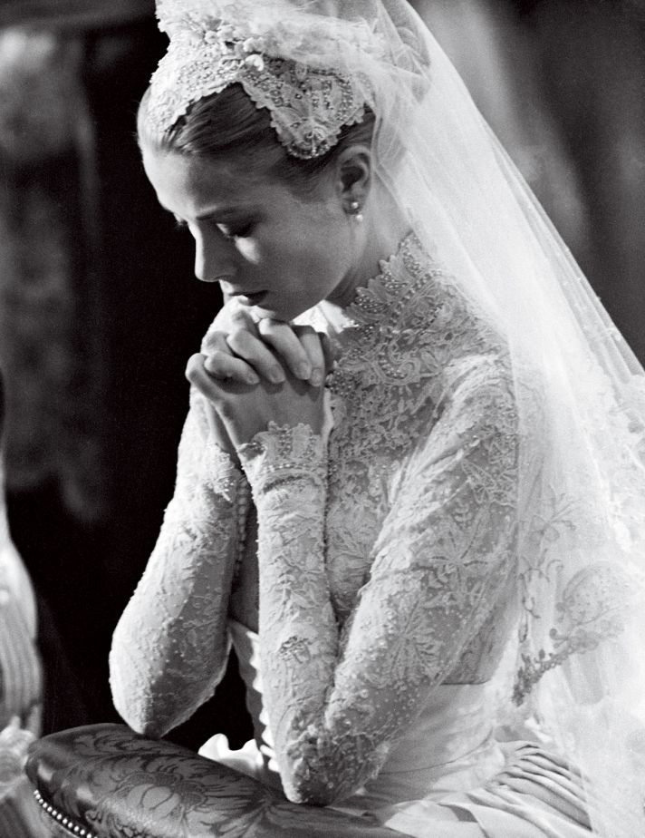 wedding-fashion-by-vogue-brides-through-history-5__full