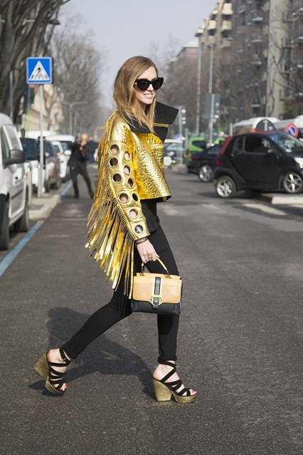 Chiara Ferragni Vogue 24Feb14 Dvora_b_426x639