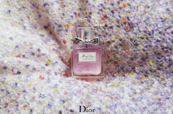 Natalie-Portman-for-Miss-Dior-Blooming-Bouquet-Tim-Walker-02