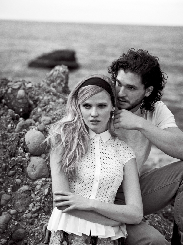 lara-stone-kit-harington-by-peter-lindbergh-for-vogue-us-march-2014-2