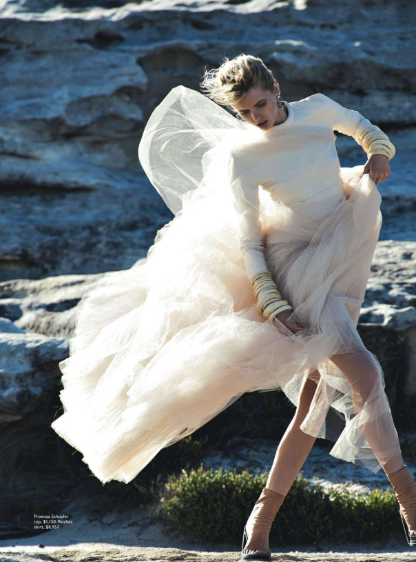 abbey-lee-kershaw-by-gilles-bensimon-for-vogue-australia-april-2014-10