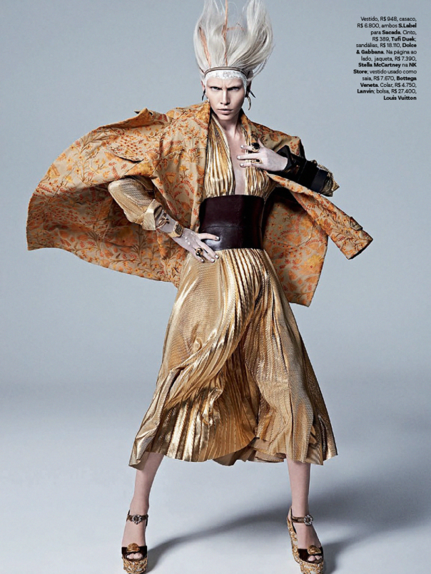aline-weber-by-zee-nunes-for-vogue-brazil-april-2014-6