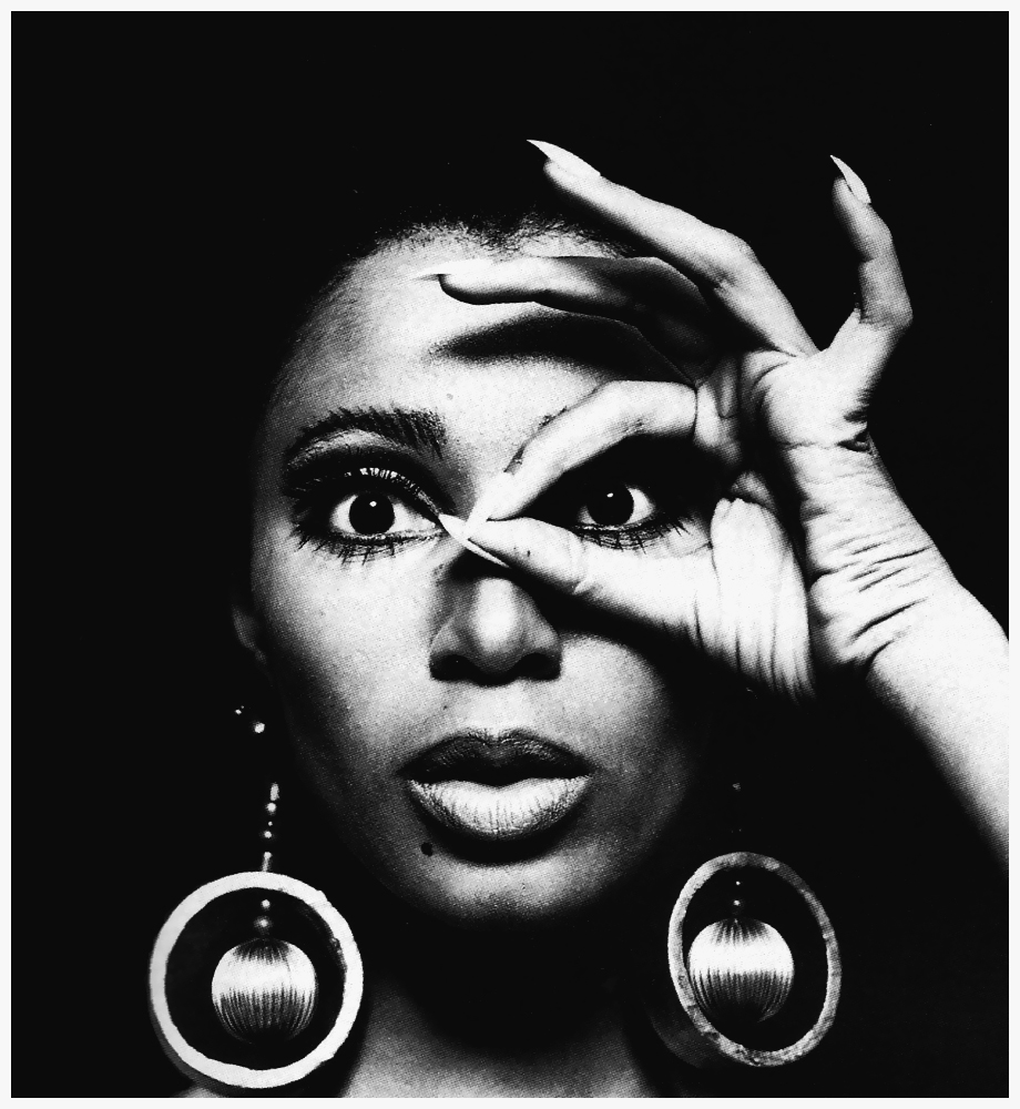 donyale-luna-with-earrings-1966-photo-by-charlotte-march-b