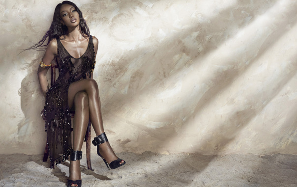 naomi-campbell-by-an-le-for-harpers-bazaar-vietnam-june-2014-5