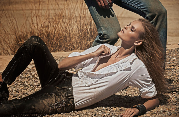 kate-grigorieva-by-mariano-vivanco-for-vogue-spain-july-2014-9