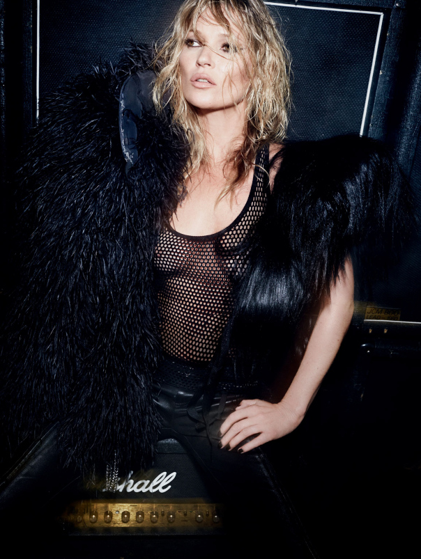 kate-moss-by-mario-testino-for-vogue-uk-december-2014-3