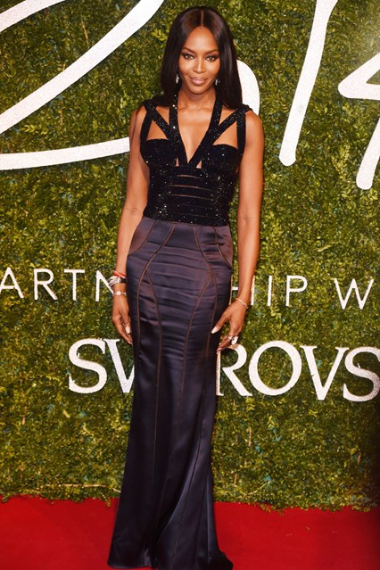 49-naomi-campbell-british-fashion-awards-vogue-1dec14-rex_b_426x639