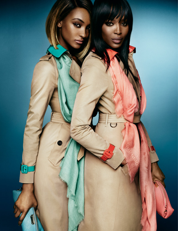 naomi-campbell-jourdan-dunn-by-mario-testino-for-burberry-spring-summer-2015-2