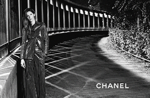 gisele-bc3bcndchen-by-karl-lagerfeld-for-chanel-spring-summer-2015-2