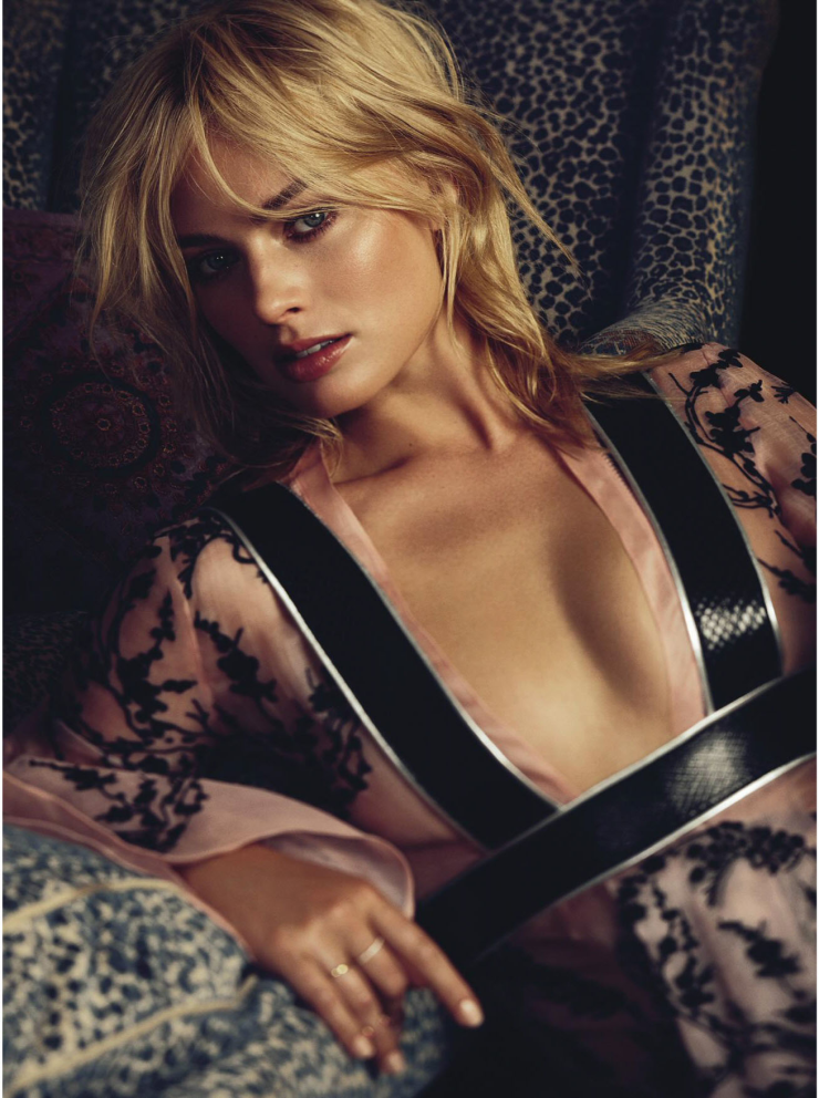 margot-robbie-by-alexi-lubomirski-for-vogue-australia-march-2015