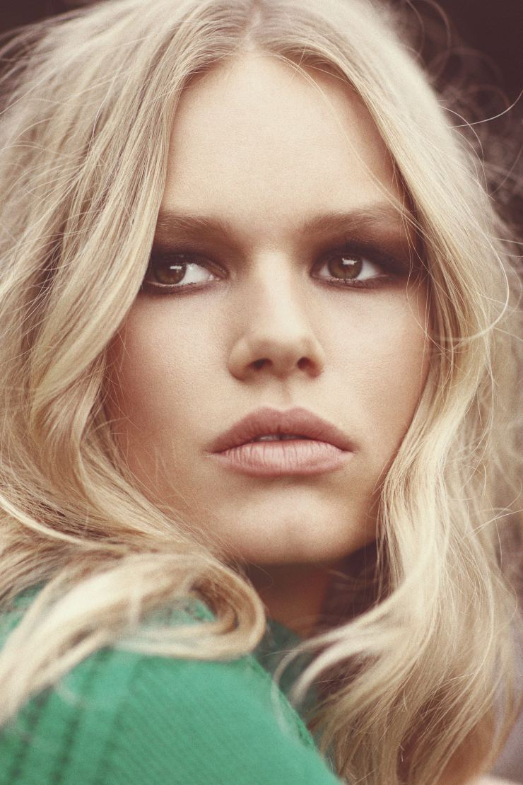 anna-ewers-by-norman-jean-roy-for-harpers-bazaar-us-may-2015