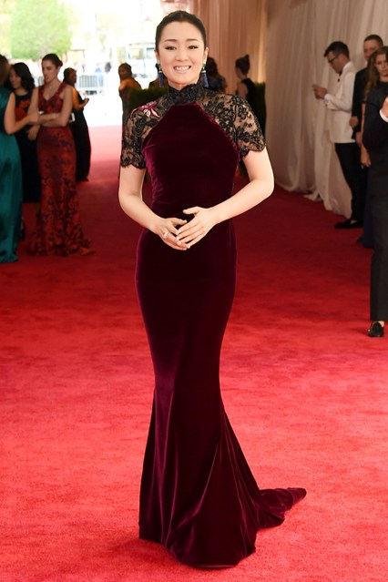 Gong-Li-Vogue-5May15-Getty_b_426x639