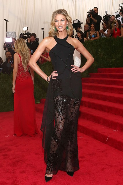 Karlie-kloss-Vogue-5May15-Getty_b_426x639