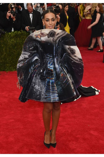 Solange-Knowles-Vogue-5May15-Getty__426x639