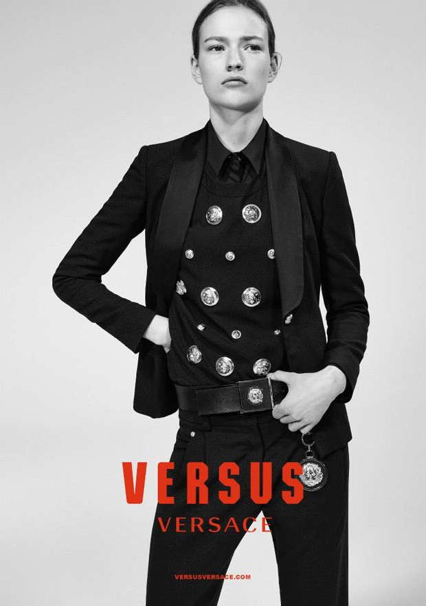 Versus-Versace-Fall-Winter-2015-Collier-Schorr-04-620x882