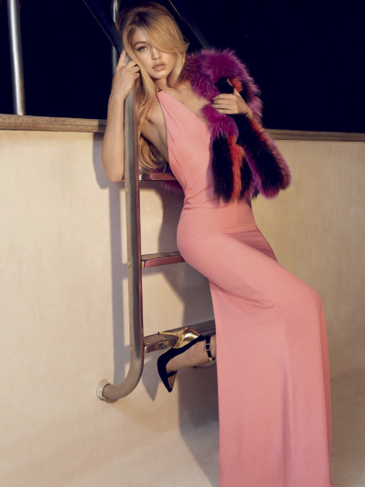 gigi-hadid-by-henrique-gendre-for-vogue-brazil-july-2015-2