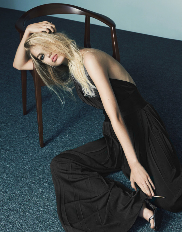 daphne-groeneveld-by-bjorn-iooss-for-the-edit-july-2015-7