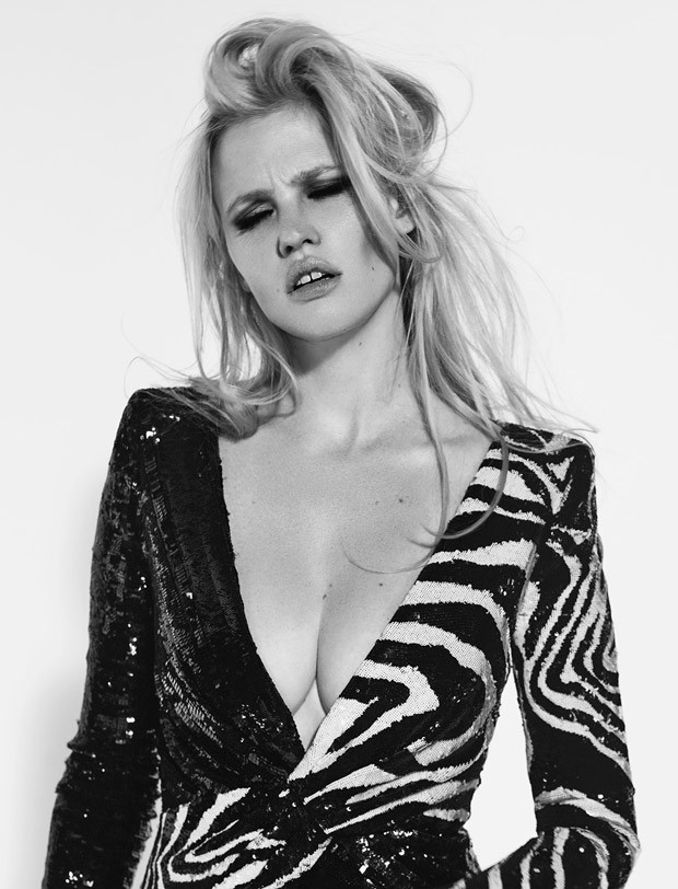 Lara-Stone-LExpress-Style-Richard-Bush-01-620x812