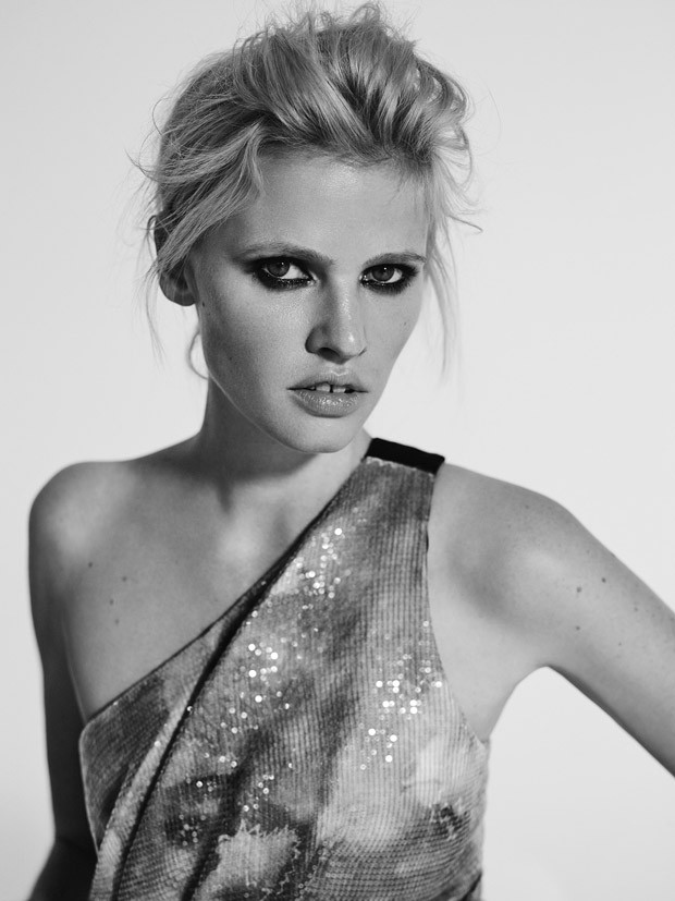 Lara-Stone-LExpress-Style-Richard-Bush-05-620x827