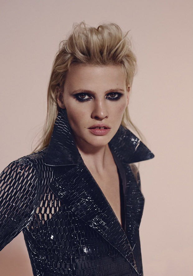 Lara-Stone-LExpress-Style-Richard-Bush-06-620x884