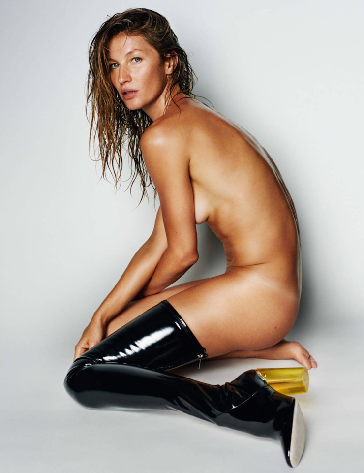 gisele-bc3bcndchen-by-mario-testino-for-vogue-paris-october-2015-9