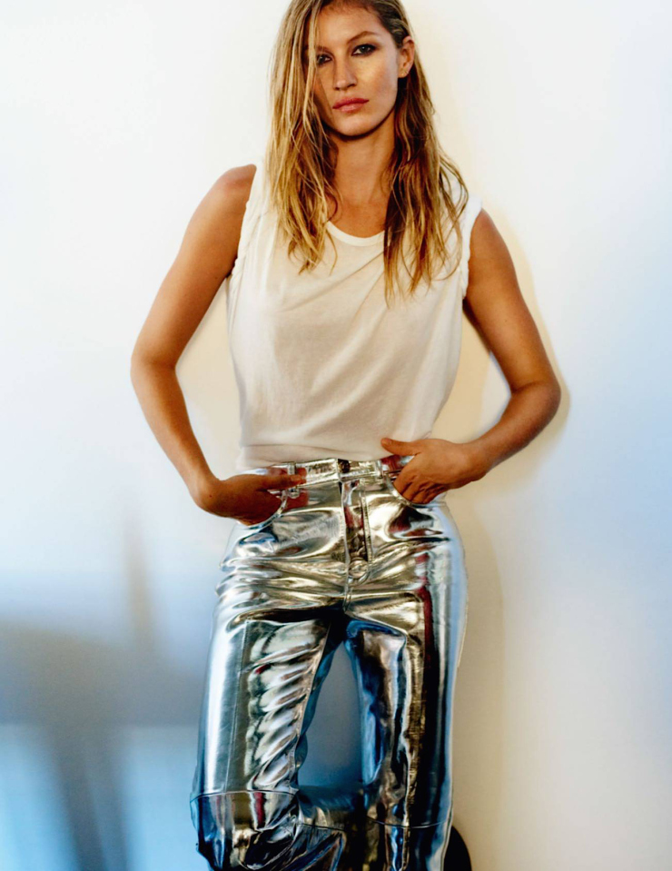 gisele-bc3bcndchen-by-mario-testino-for-vogue-paris-october-20151