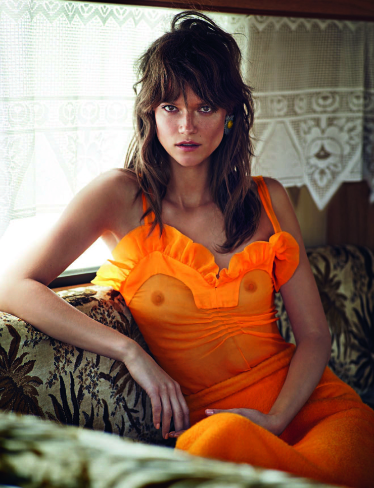 kasia-struss-by-marcin-tyszka-for-vogue-portugal-september-2015-8