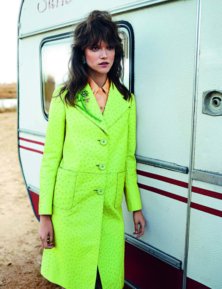 kasia-struss-by-marcin-tyszka-for-vogue-portugal-september-2015-9