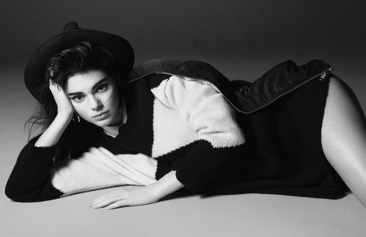 kendall-jenner-by-david-sims-for-vogue-paris-october-2015-9