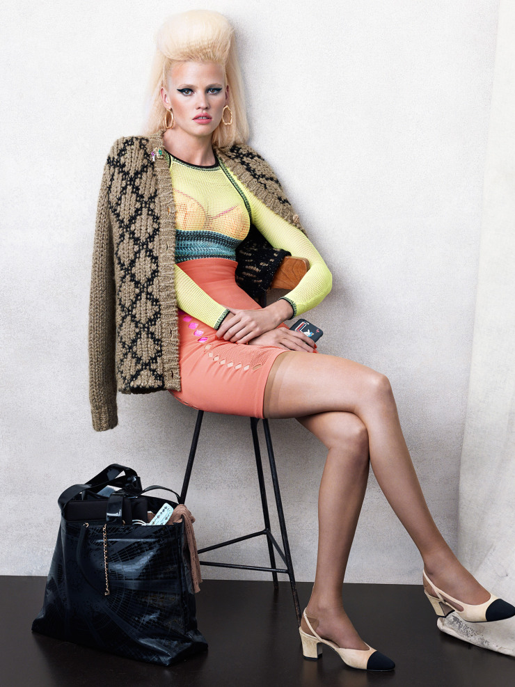 lara-stone-by-bjorn-iooss-for-cr-fashion-book-fall-winter-2015-7