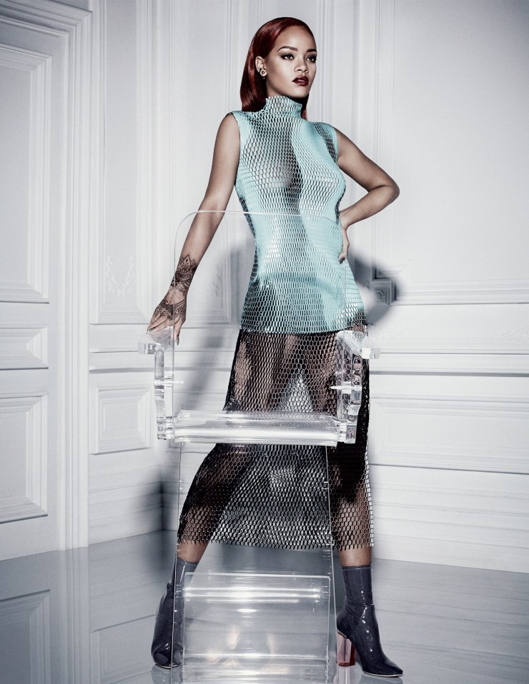 rihanna-by-craig-mcdean-for-dior-magazine-11-7