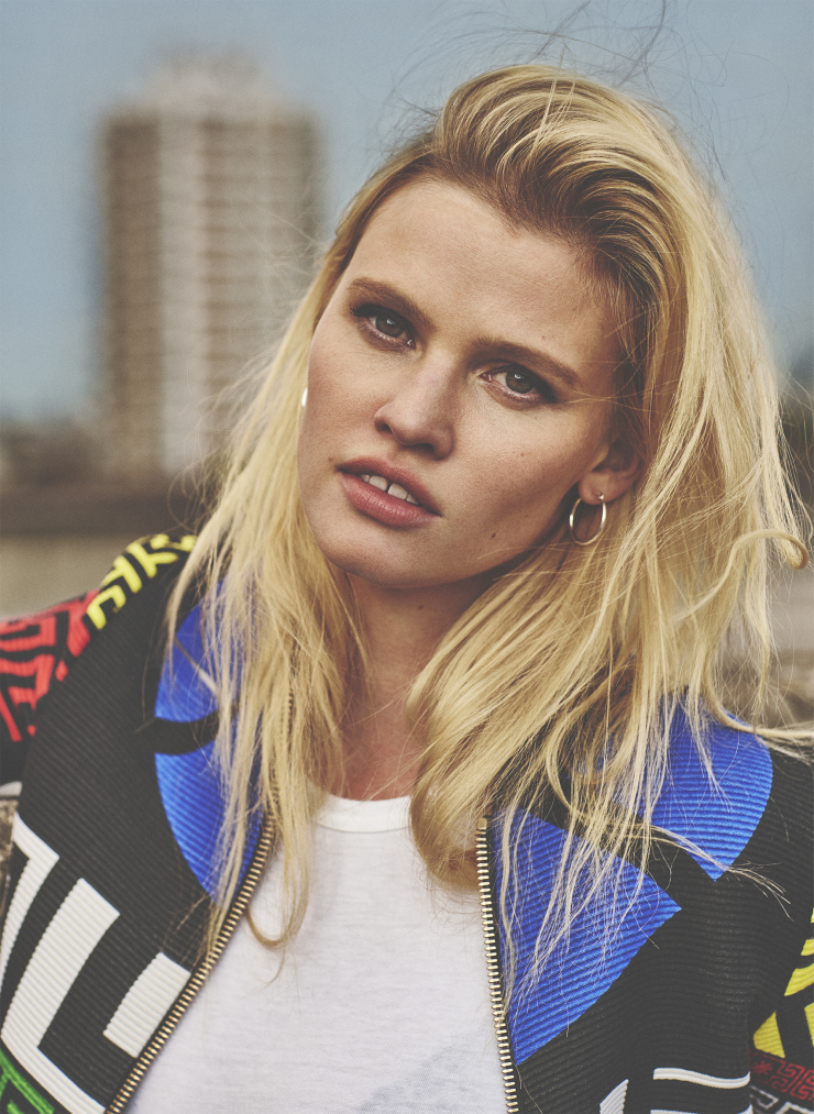 lara-stone-by-emma-tempest-for-russh-magazine-66-octobernovember-2015-14