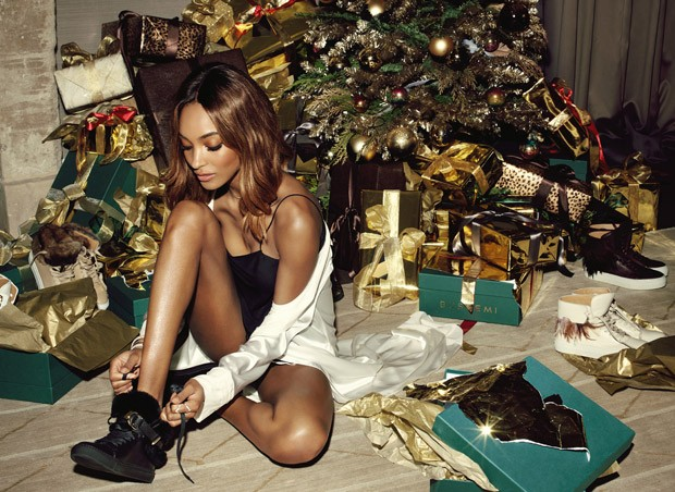 Jourdan-Dunn-Buscemi-Holiday-2015-06-620x452