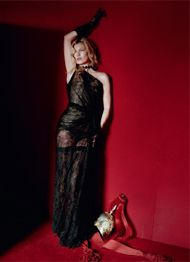 Kate-Moss-Vogue-Italia-Tim-Walker-07-620x854