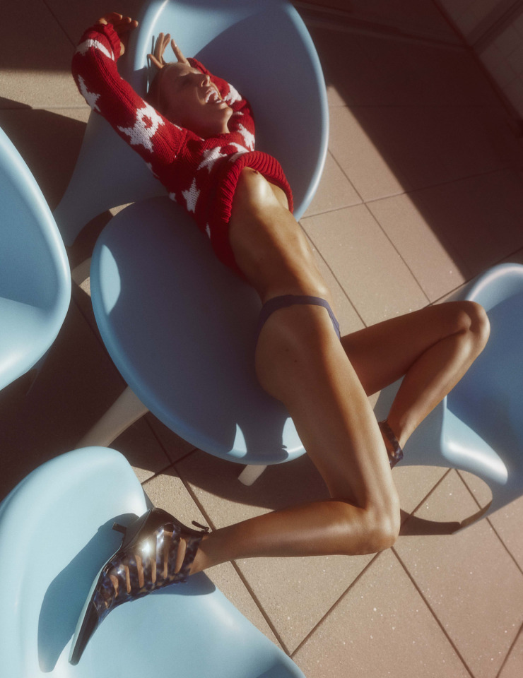natasa-vojnovic-by-charlotte-wales-for-for-pop-magazine-spring-summer-2016