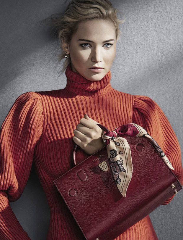 Jennifer-Lawrence-Christian-Dior-Handbags-FW16-04-620x811