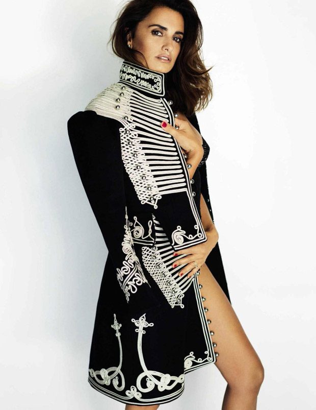 penelope-cruz-vogue-spain-mario-testino-01-620x803