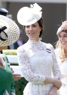 Duchess of Cambridge wore a stunning Alexander Mcqueen