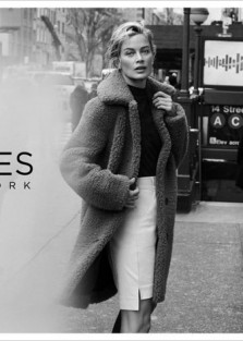 Carolyn Murphy is the star of Jones New York Fall Winter 2019 Collection